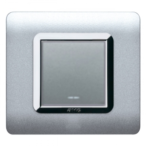 srebrny włącznik światła AVE design
