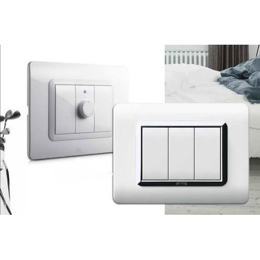 białe włączniki światła AVE touch